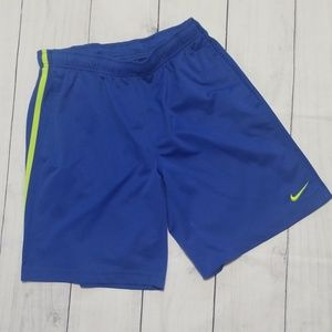 Like new Mens Nike shorts